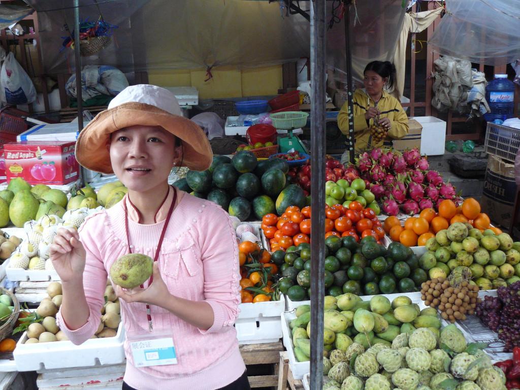 mercado hoi an-vietnam